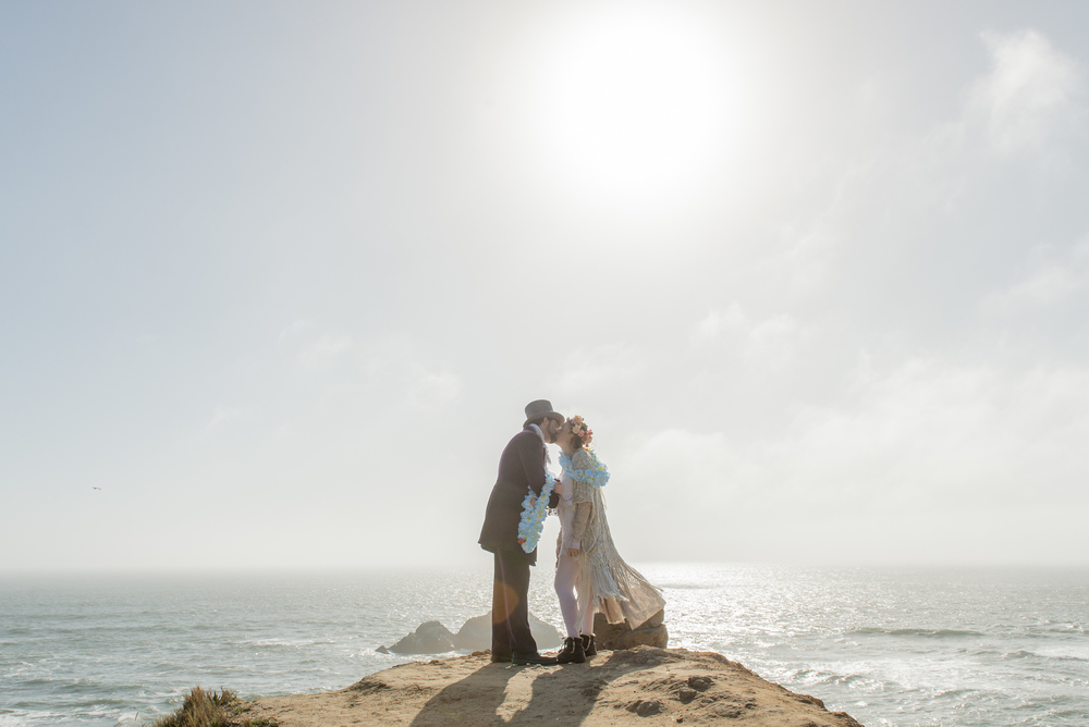 intimate-lands-end-labyrinth-san-francisco-wedding-81.jpg