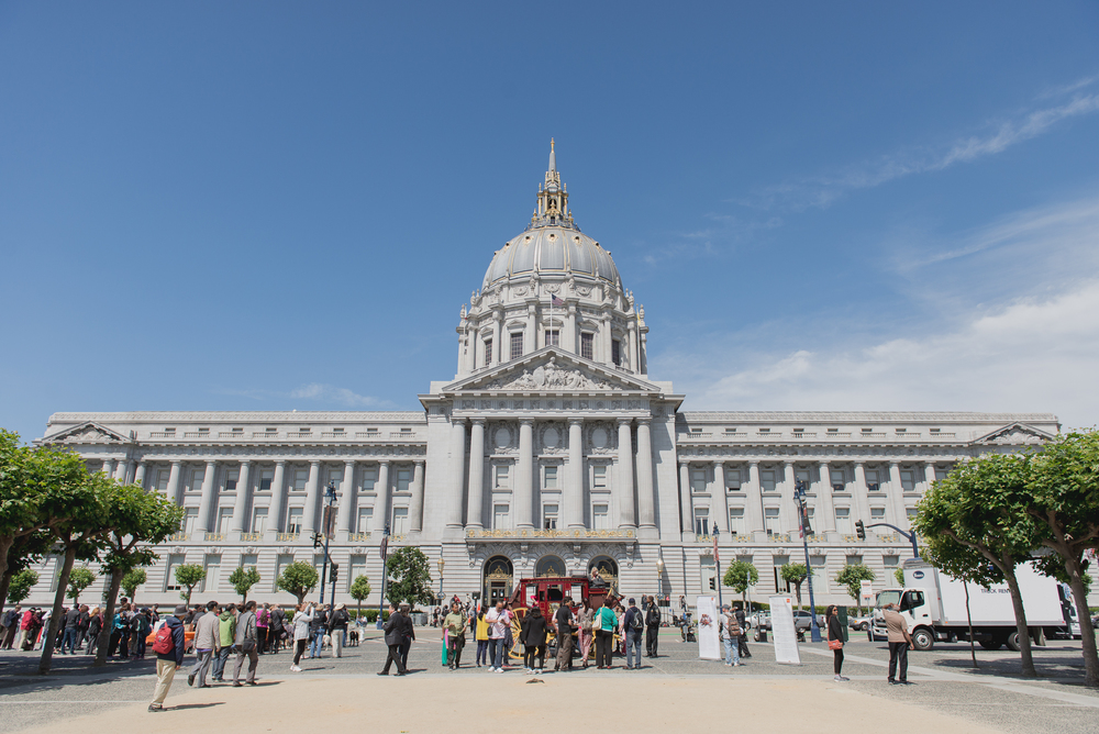 destination-san-francisco-city-hall-elopement-01.jpg