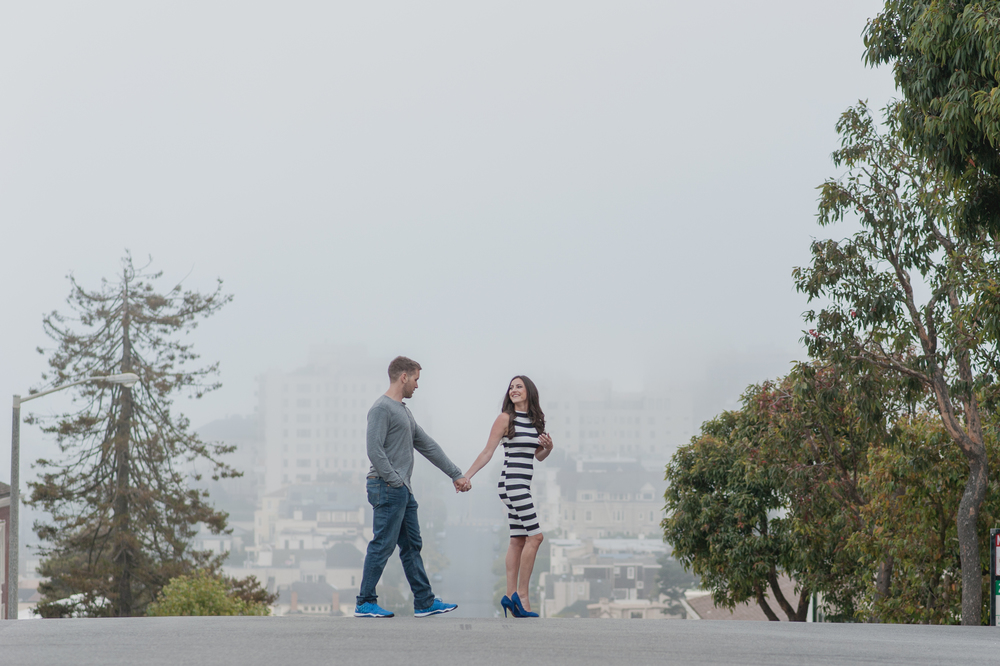 007-foggy-pacific-heights-san-francisco-engagement-vivianchen.jpg