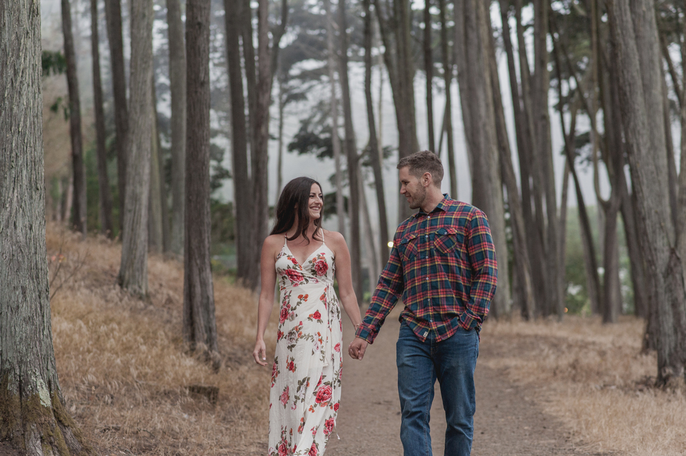 015-foggy-presidio-san-francisco-engagement-vivianchen.jpg