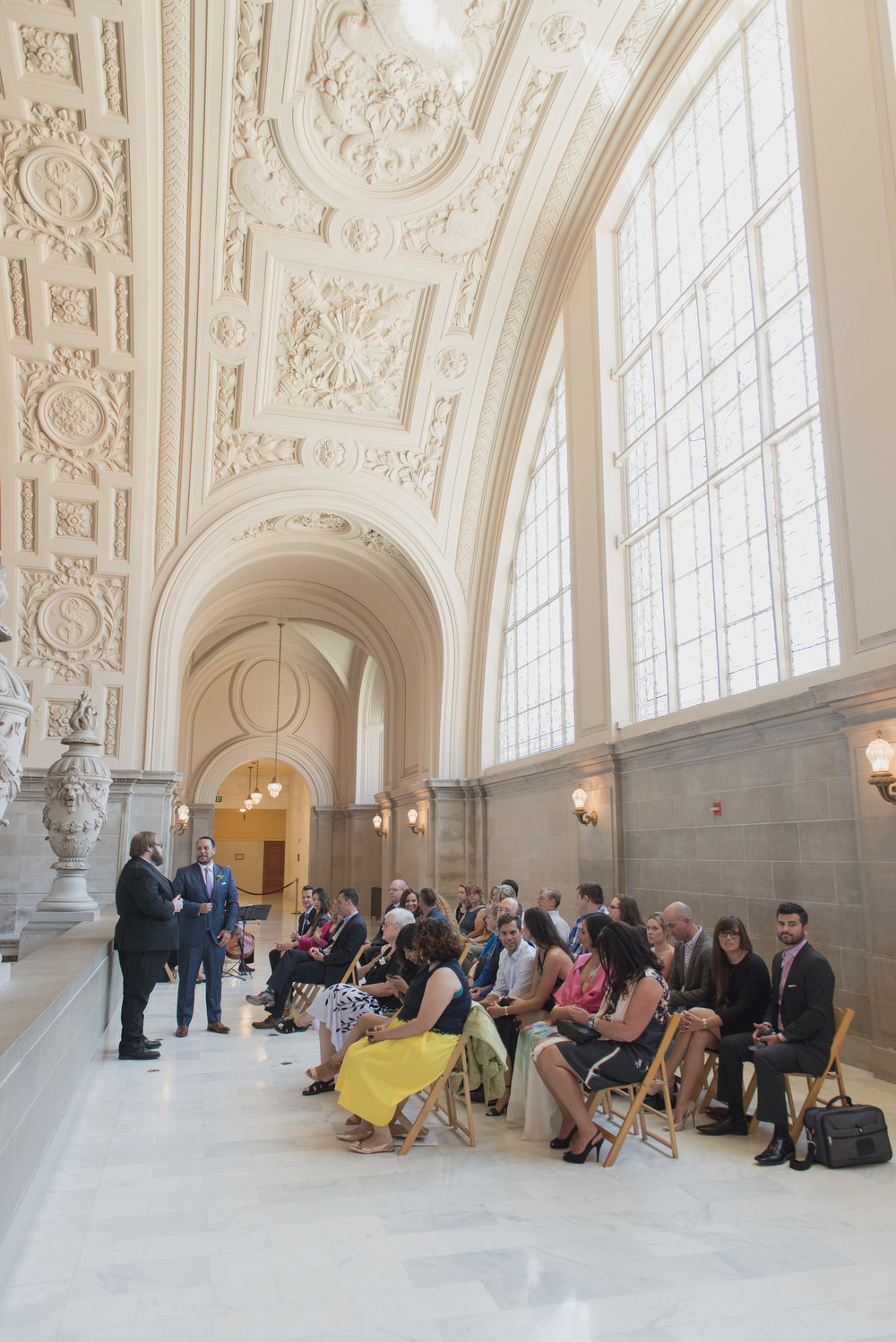 intimate-san-francisco-city-hall-wedding-vivianchen-st011.jpg