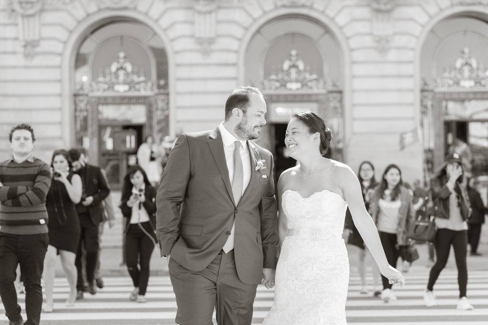 intimate-san-francisco-city-hall-wedding-vivianchen-st035.jpg