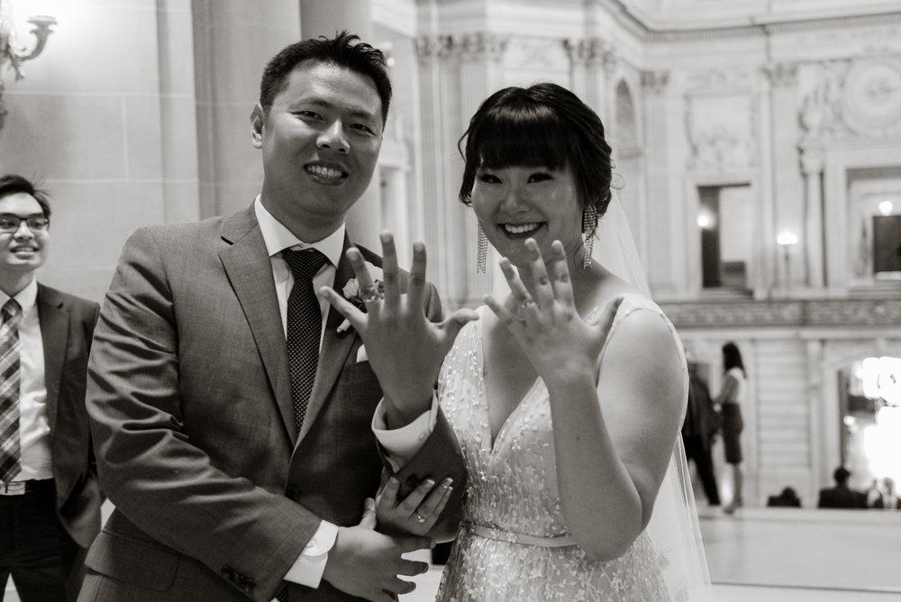 24-san-francisco-city-hall-elopement-photographer-vc.jpg