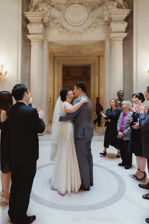 23-san-francisco-city-hall-elopement-photographer-vc.jpg