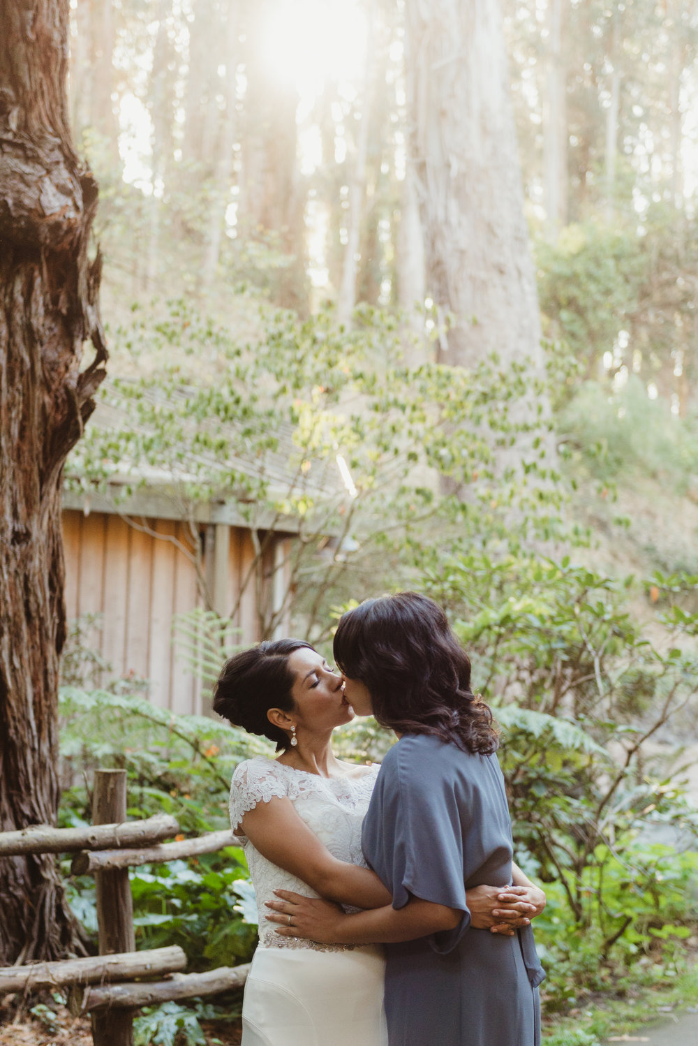 49san-francisco-stern-grove-wedding-photographer-vivianchen-333.jpg