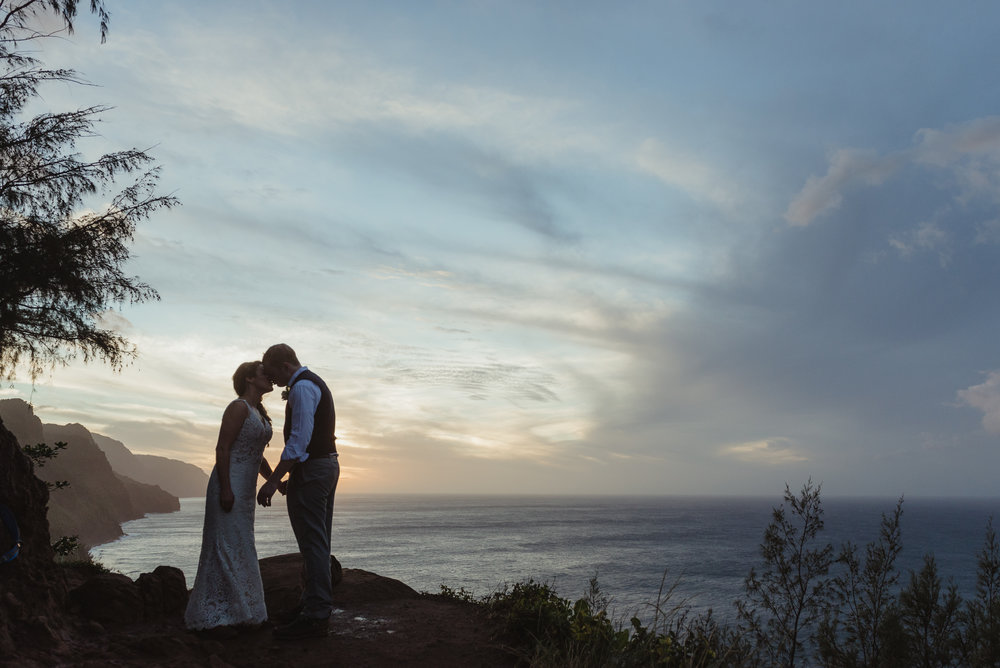 79-kauai-destination-wedding-photographer-vivianchen-0467.jpg
