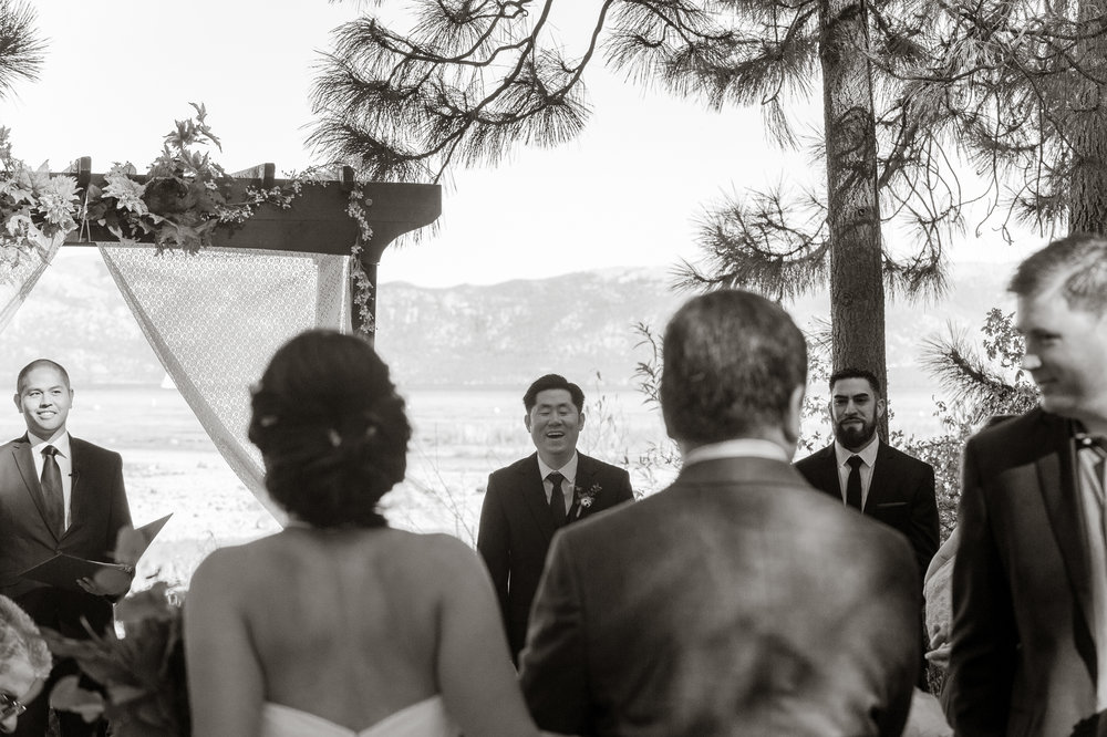 lake-tahoe-destination-wedding-vivianchen-27.jpg