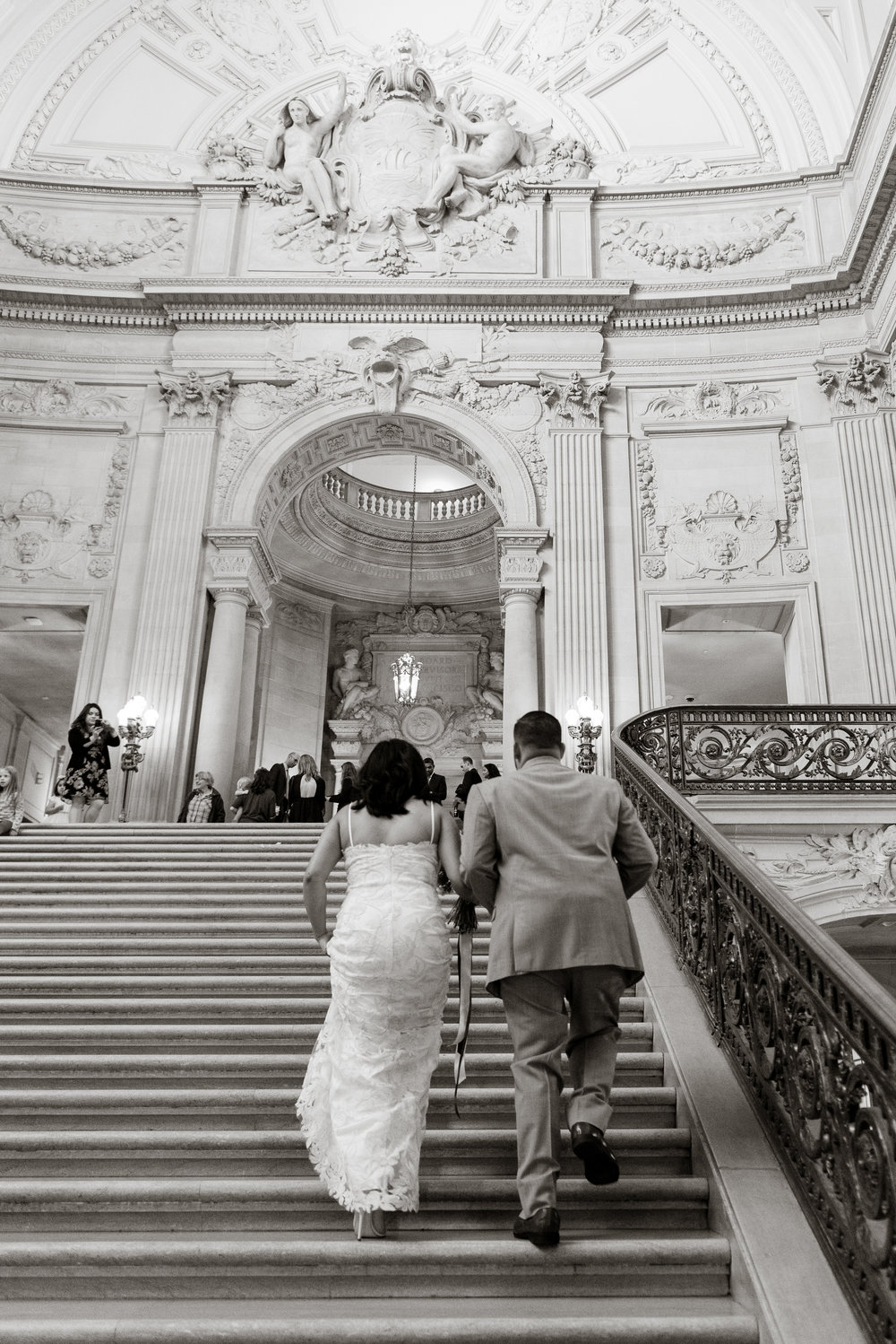 san-francisco-city-hall-wedding-vivianchen-RK07.jpg