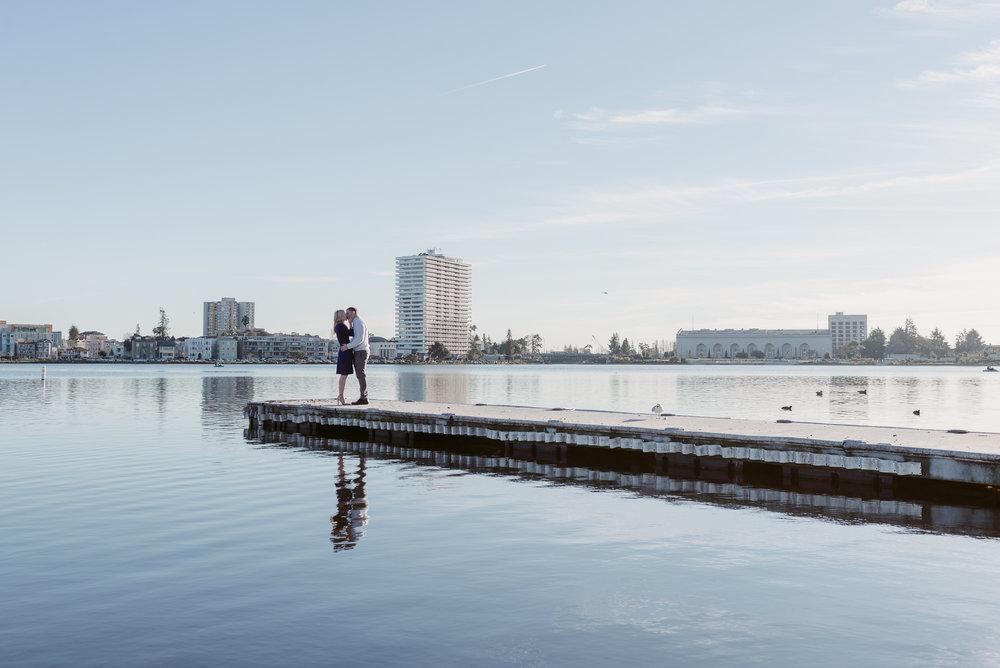 oakland-lake-merritt-engagement-vivianchen-01.jpg