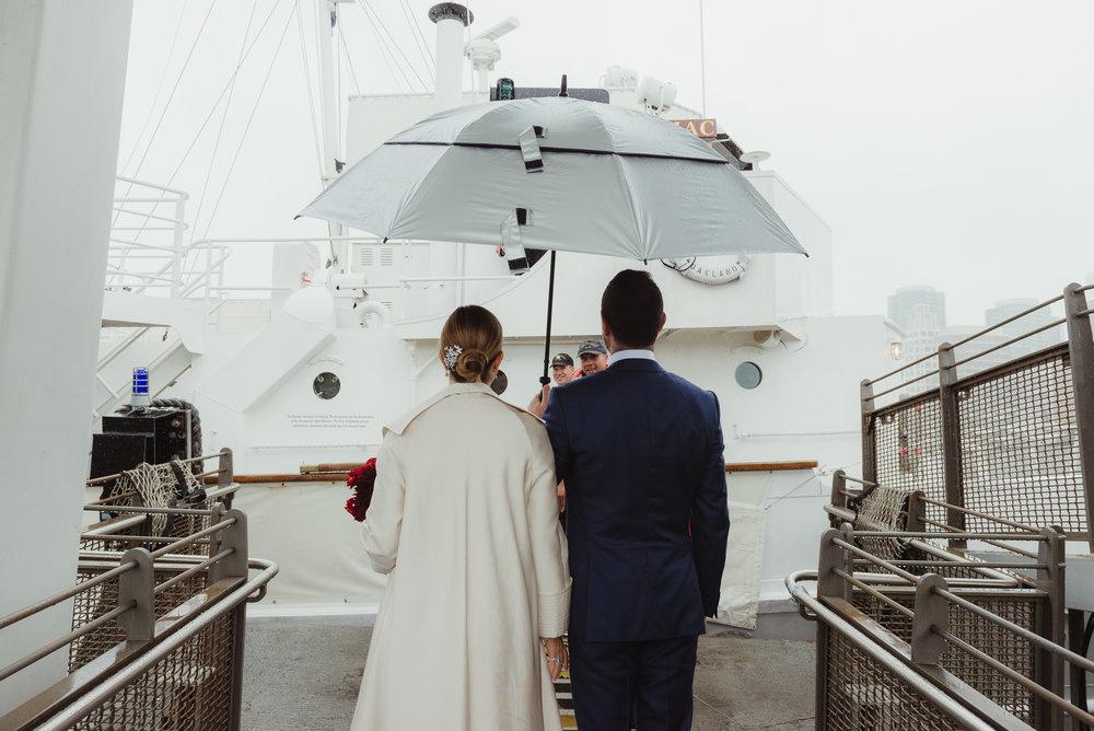 uss-potomac-san-francisco-bay-wedding-vivianchen-24.jpg