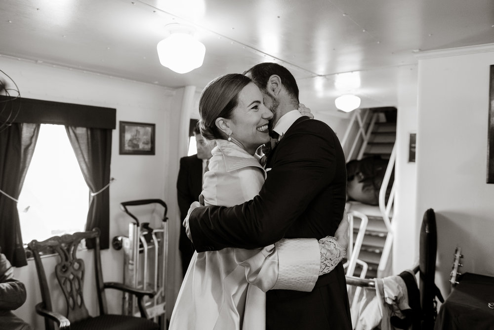 uss-potomac-san-francisco-bay-wedding-vivianchen-44.jpg