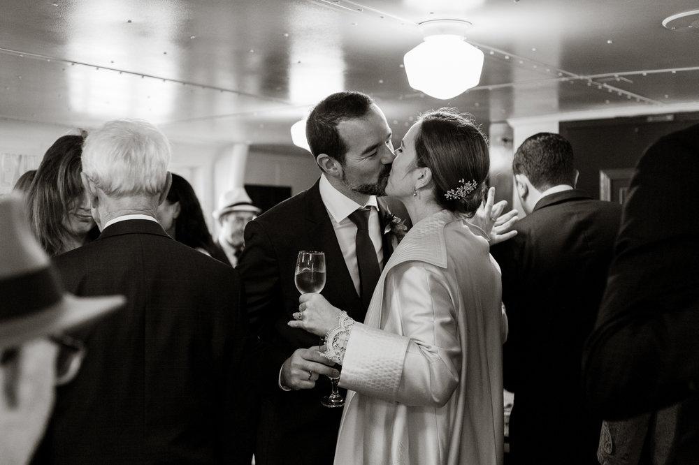 uss-potomac-san-francisco-bay-wedding-vivianchen-65.jpg