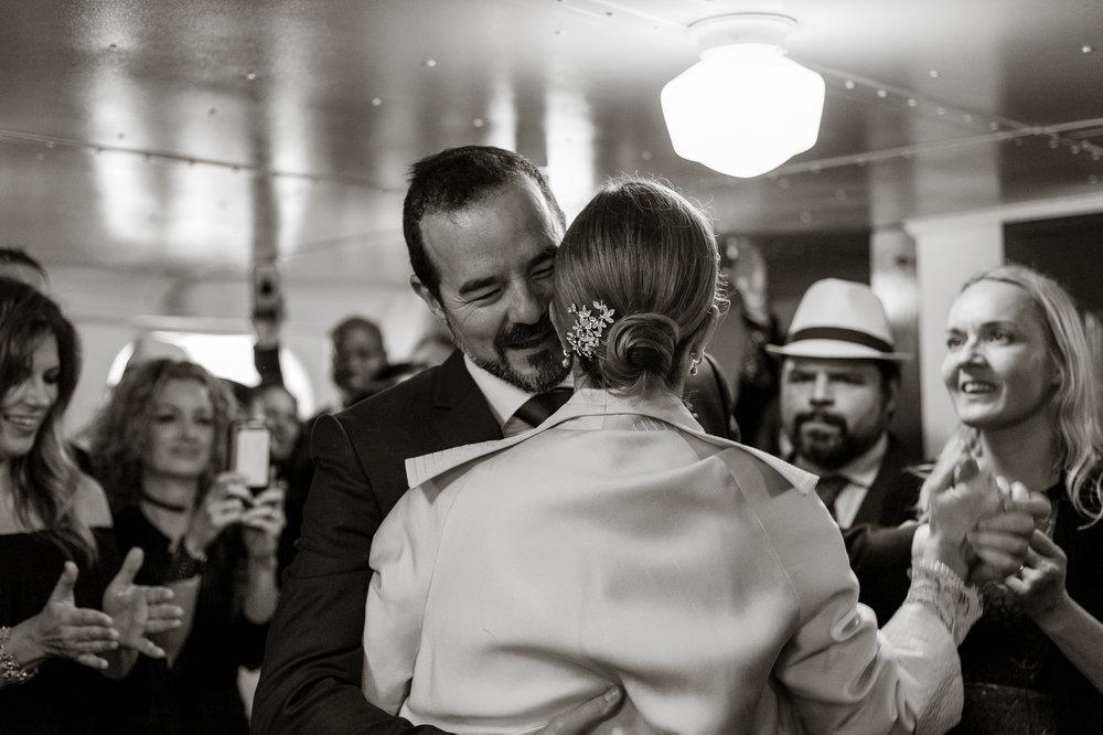 uss-potomac-san-francisco-bay-wedding-vivianchen-69.jpg
