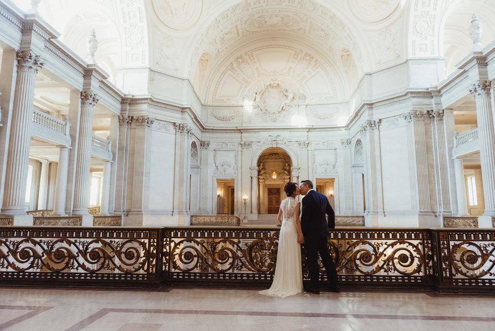 02-sf-city-hall-wedding-lands-end-vivianchen-054.jpg