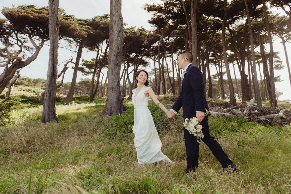 21-sf-city-hall-wedding-lands-end-vivianchen-275.jpg