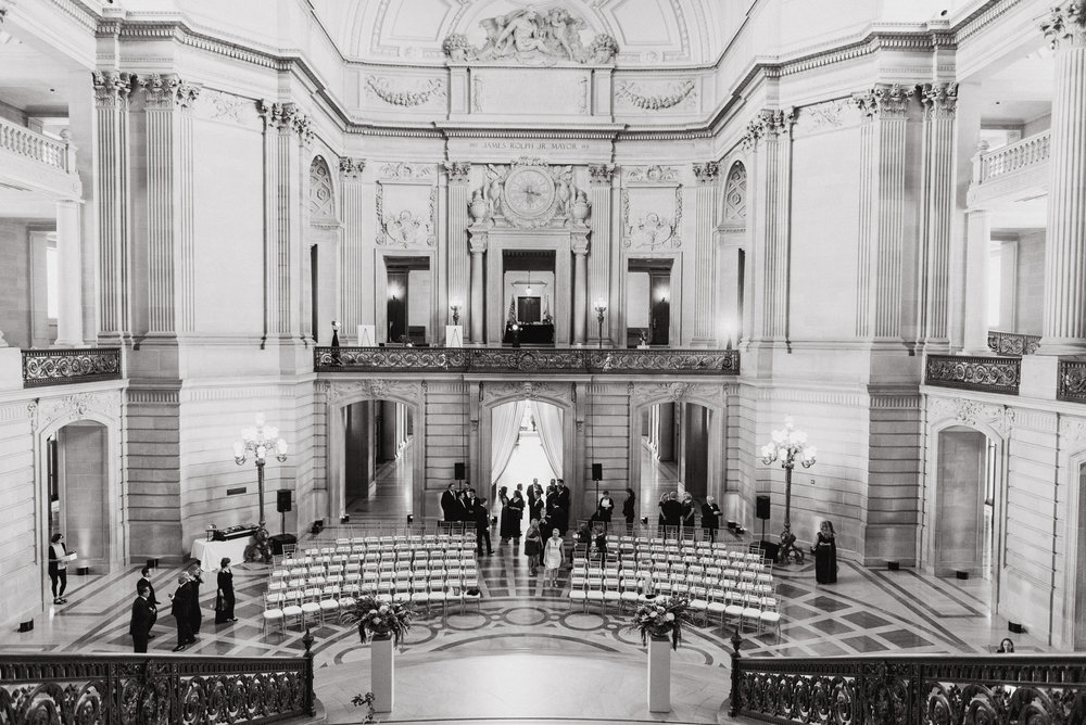 31-elegant-san-francisco-city-hall-wedding-vivianchen-0302.jpg