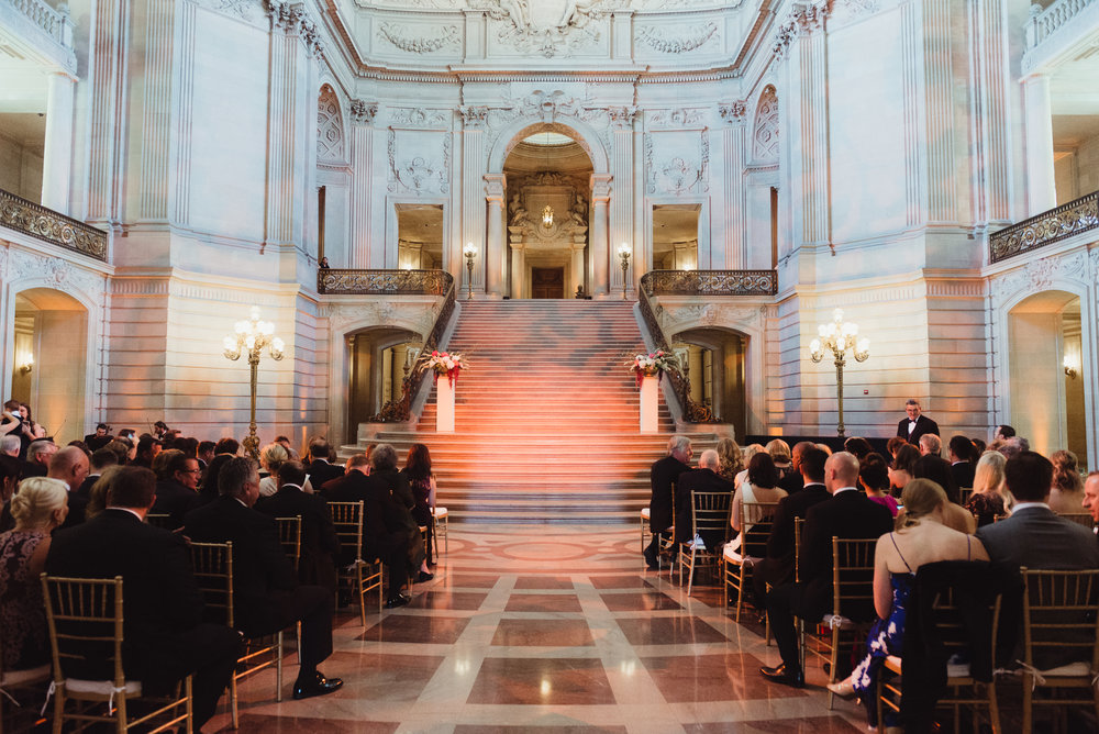 33-elegant-san-francisco-city-hall-wedding-vivianchen-0314.jpg