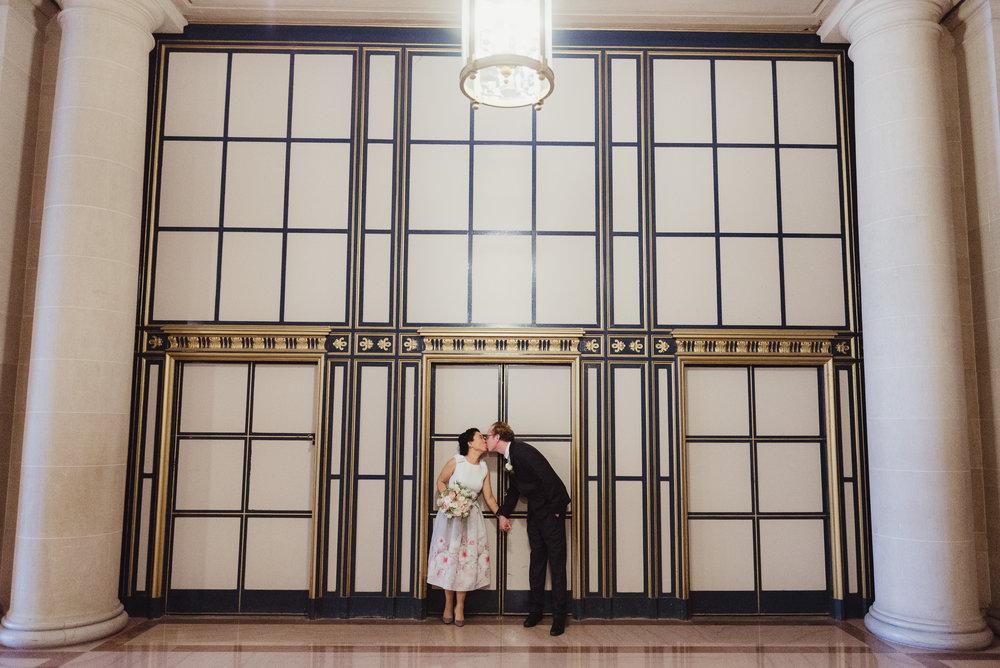 23-sf-city-hall-18-reasons-intimate-wedding-vivianchen-271.jpg