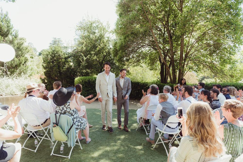 033-lgbtq-falkirk-cultural-center-wedding-photographer-vivianchen-295.jpg