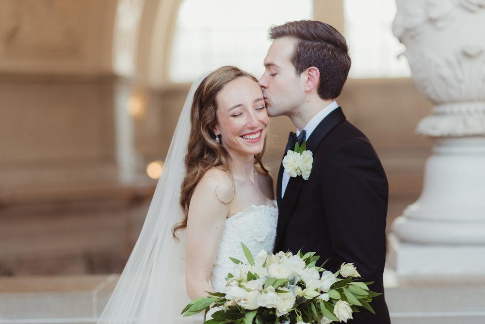 075-black-tie-san-francisco-city-hall-wedding-vivianchen-0894.jpg