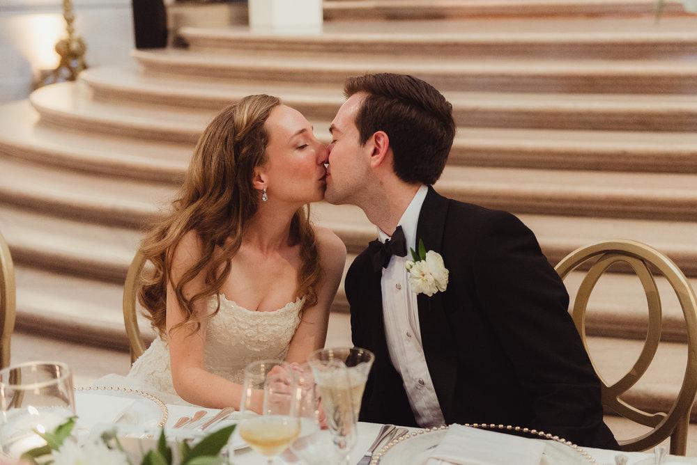 089-black-tie-san-francisco-city-hall-wedding-vivianchen-1075.jpg