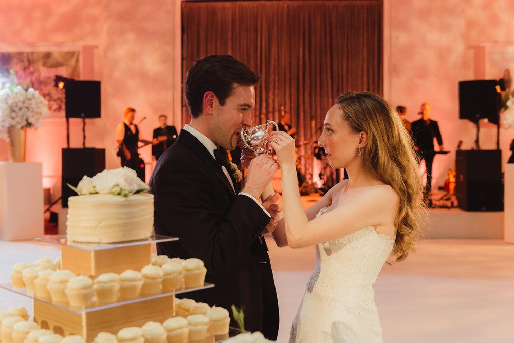 104-black-tie-san-francisco-city-hall-wedding-vivianchen-1239.jpg
