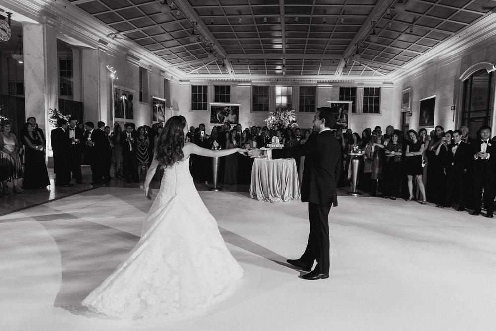 105-black-tie-san-francisco-city-hall-wedding-vivianchen-1246.jpg