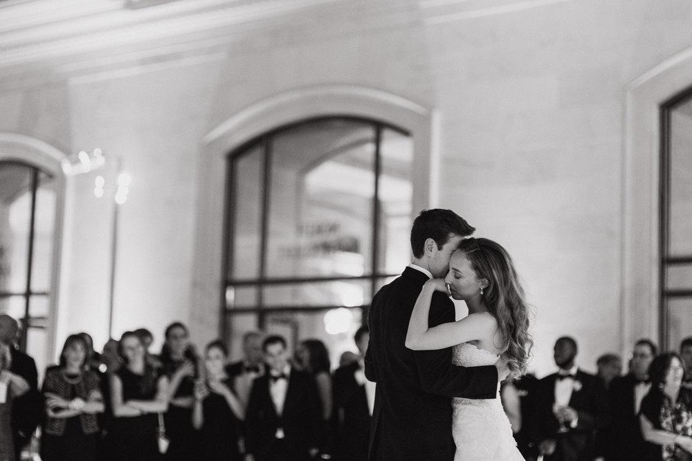 109-black-tie-san-francisco-city-hall-wedding-vivianchen-1249.jpg