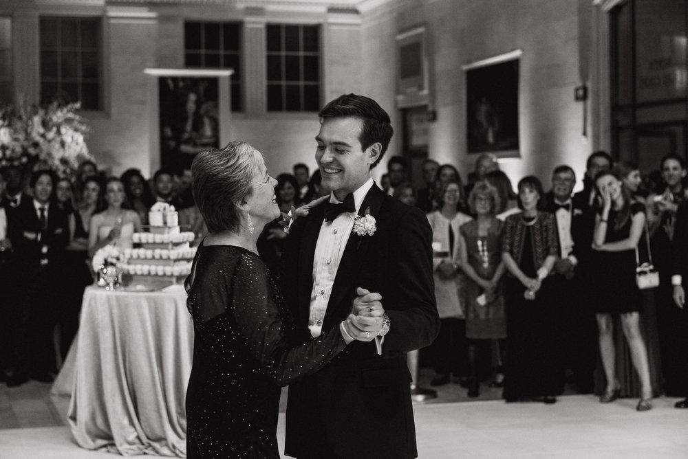 113-black-tie-san-francisco-city-hall-wedding-vivianchen-1273.jpg