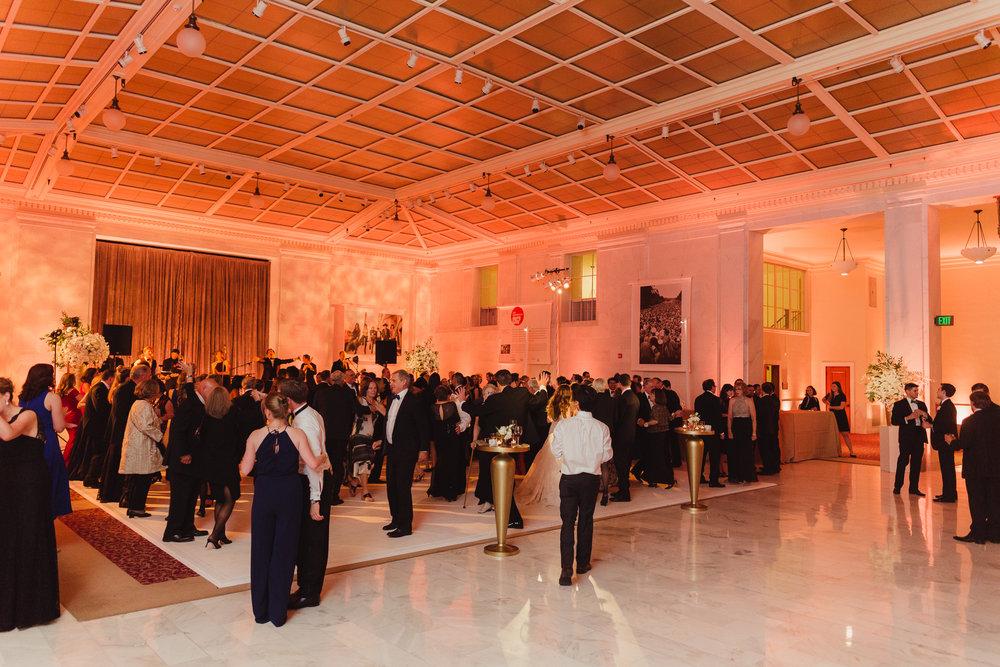 115-black-tie-san-francisco-city-hall-wedding-vivianchen-1387.jpg