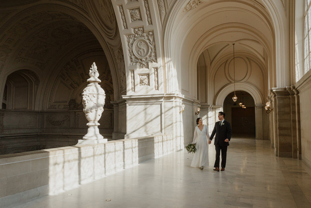 20-winter-san-francisco-city-hall-elopement-vivianchen-192.jpg