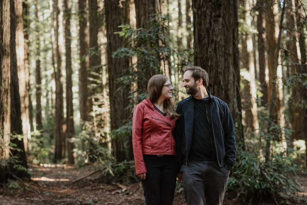 oakland-joaquin-miller-park-redwood-grove-engagement-session-vivianchen-024.jpg