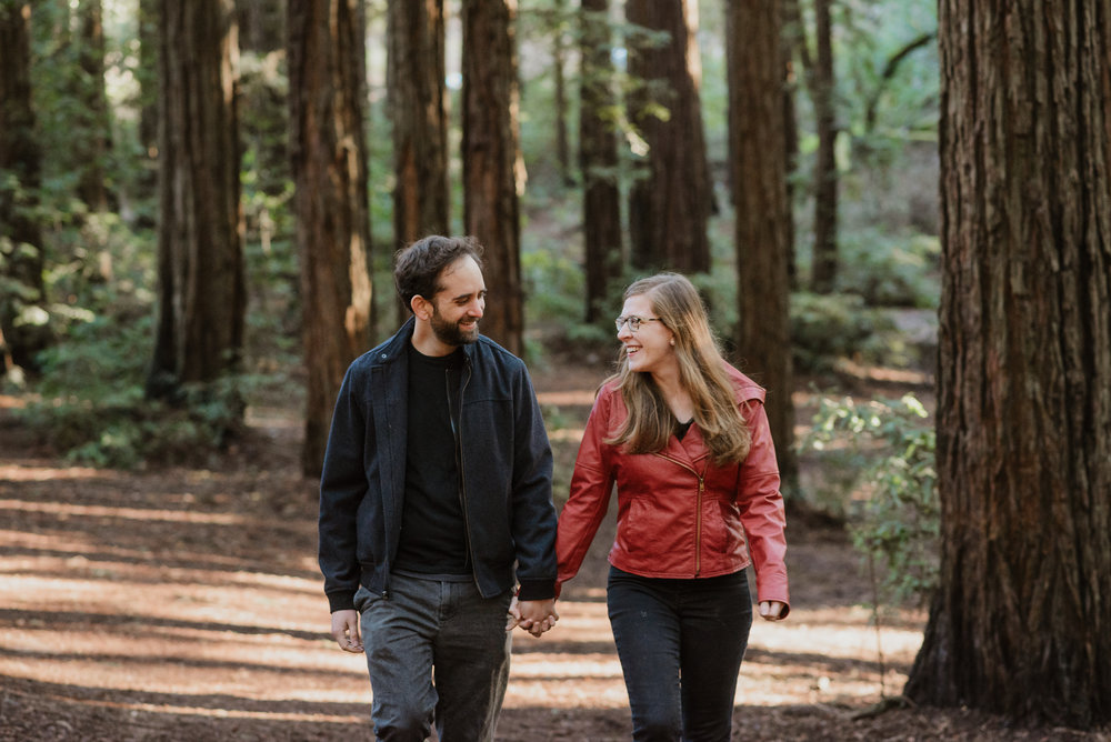 oakland-joaquin-miller-park-redwood-grove-engagement-session-vivianchen-012.jpg