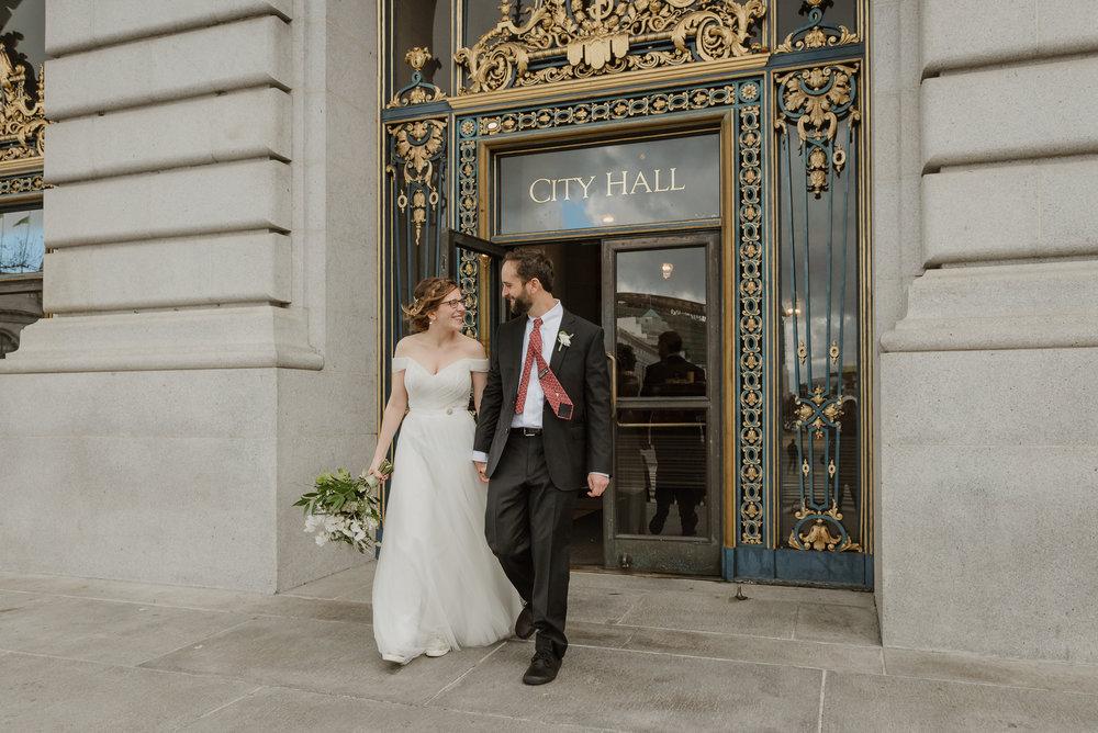 61-sf-city-hall-greens-restaurant-wedding-vivianchen-413.jpg