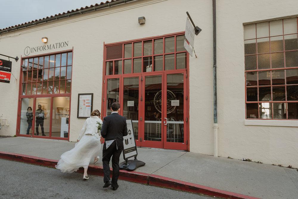 67-sf-city-hall-greens-restaurant-wedding-vivianchen-446.jpg
