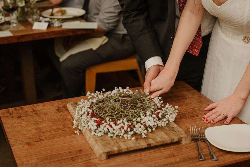 93-sf-city-hall-greens-restaurant-wedding-vivianchen-546.jpg