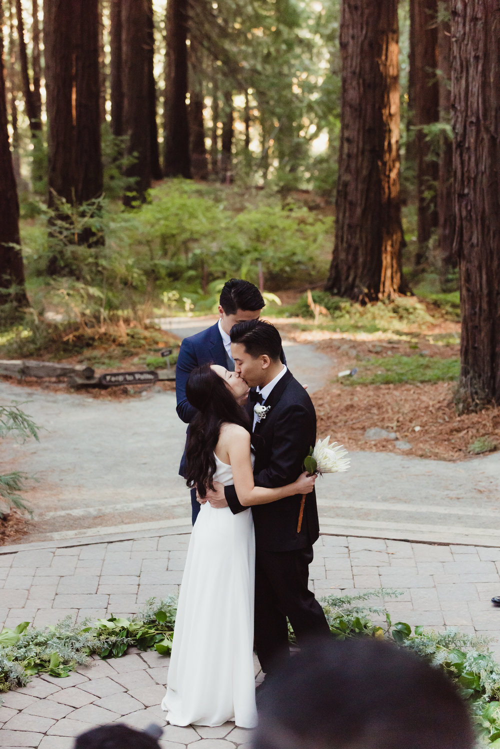 30-mather-redwood-grove-uc-botanical-garden-wedding-vivianchen-194.jpg