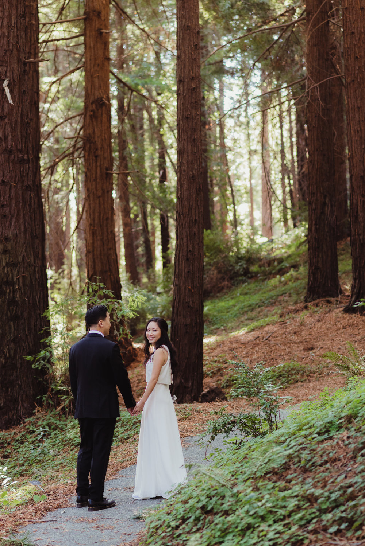 35-mather-redwood-grove-uc-botanical-garden-wedding-vivianchen-347.jpg