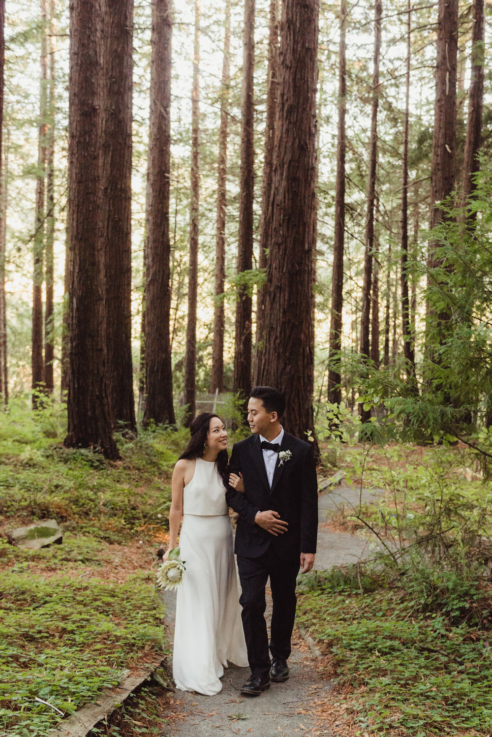 39-mather-redwood-grove-uc-botanical-garden-wedding-vivianchen-387.jpg