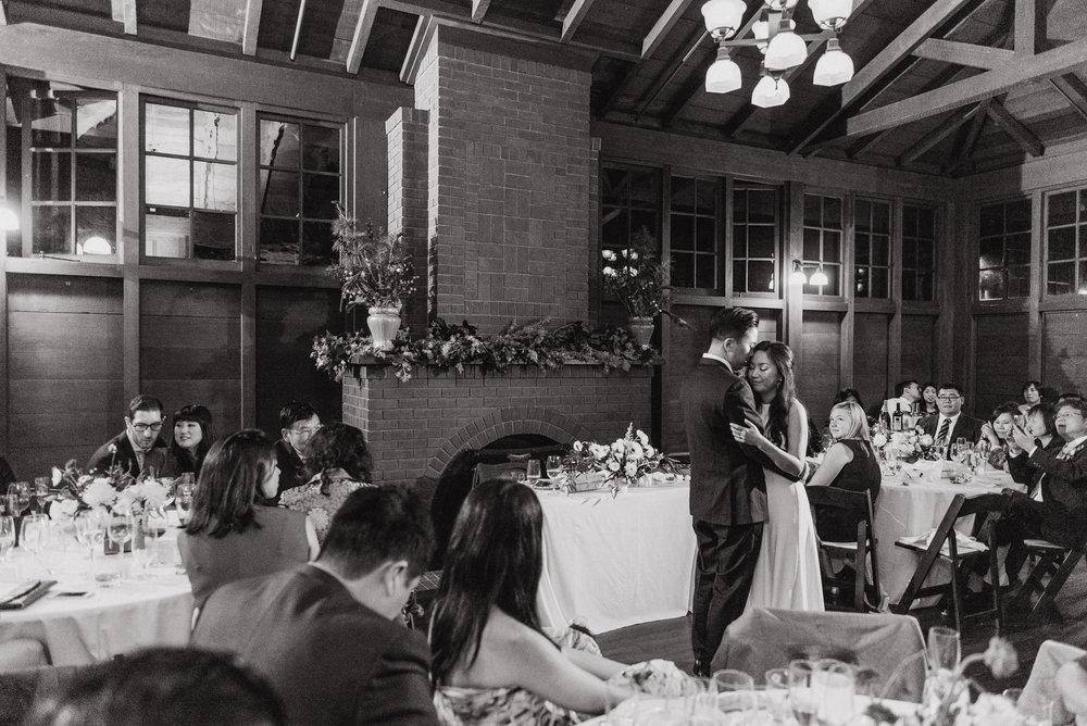 79-mather-redwood-grove-uc-botanical-garden-wedding-vivianchen-637.jpg