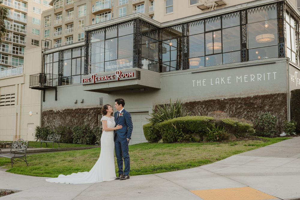 31-oakland-lake-merritt-terrace-room-wedding-vivianchen-340.jpg
