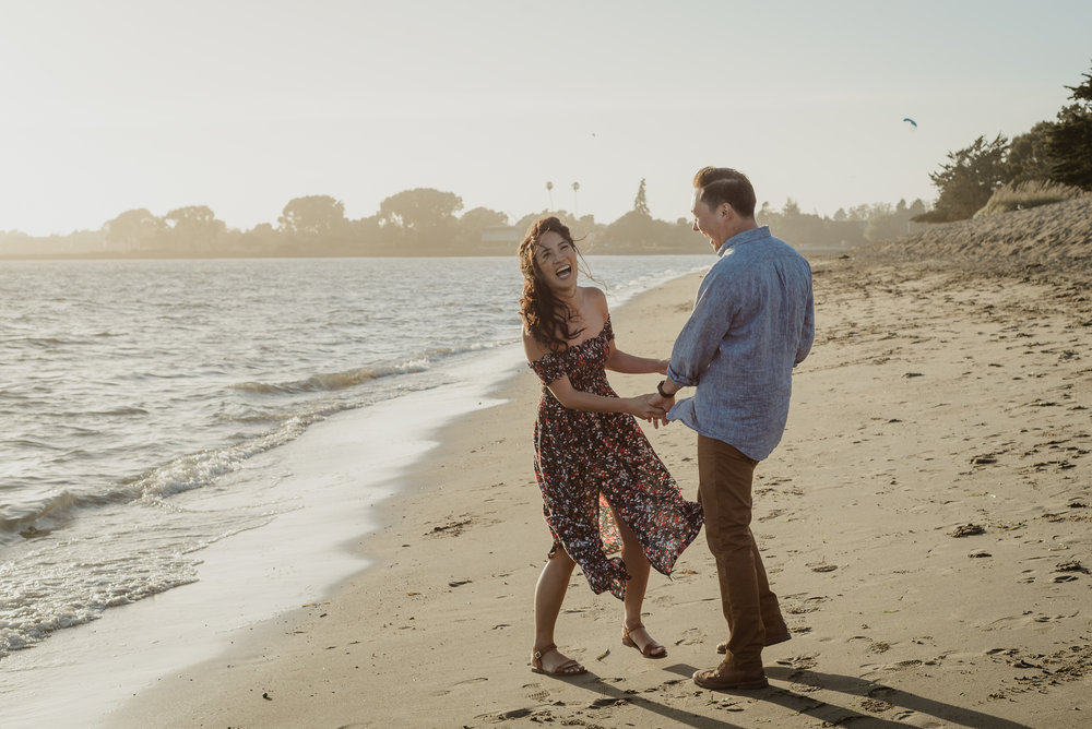 alameda-crown-memorial-state-beach-engagement-session-vivianchen-089.jpg