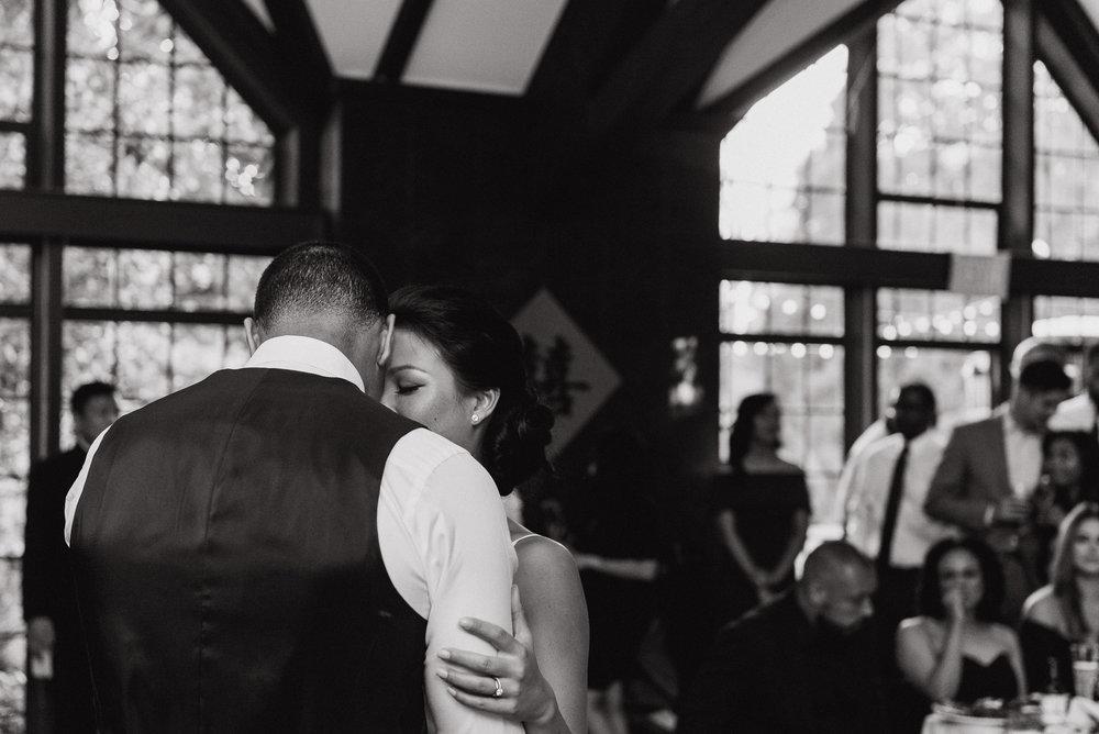 094-berkeley-brazilian-room-tilden-park-wedding-vivianchen-690.jpg