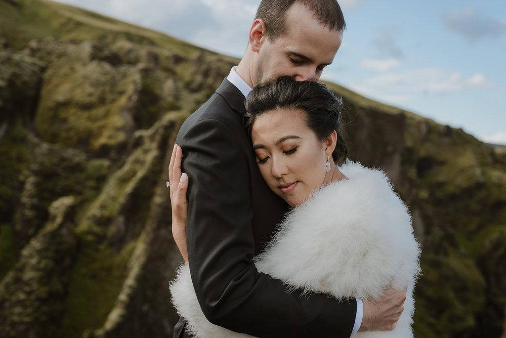 10-destination-wedding-iceland-engagement-session-vivianchen-124.jpg