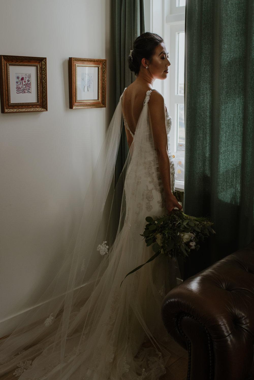 039-hotel-budir-iceland-destination-wedding-vivianchen-269.jpg