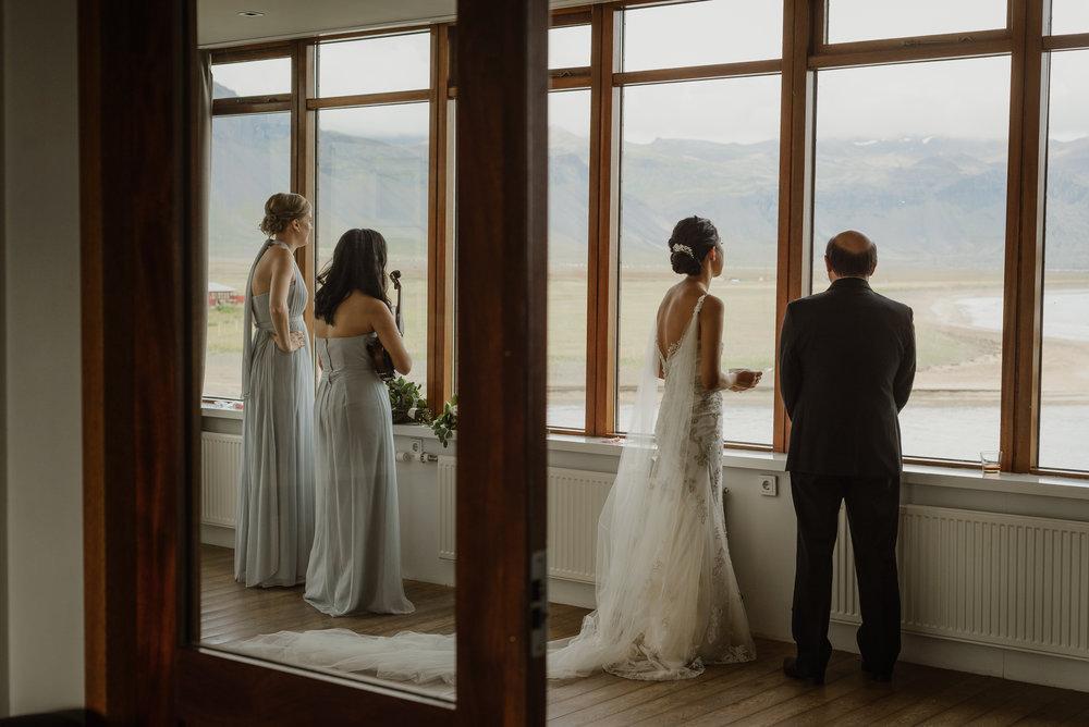 052-hotel-budir-iceland-destination-wedding-vivianchen-477.jpg