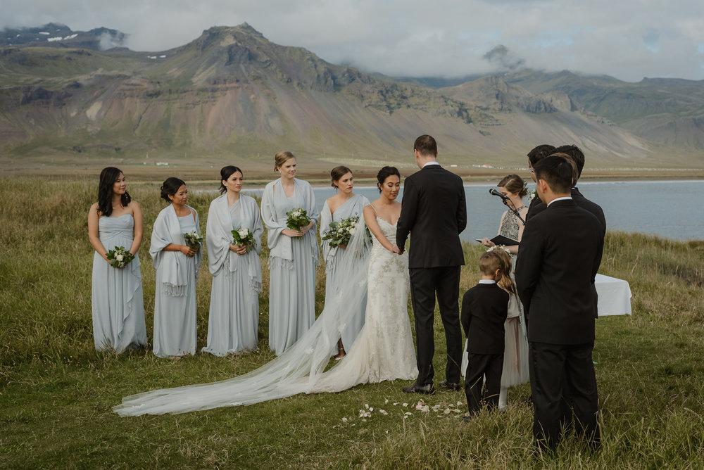 067-hotel-budir-iceland-destination-wedding-vivianchen-581.jpg