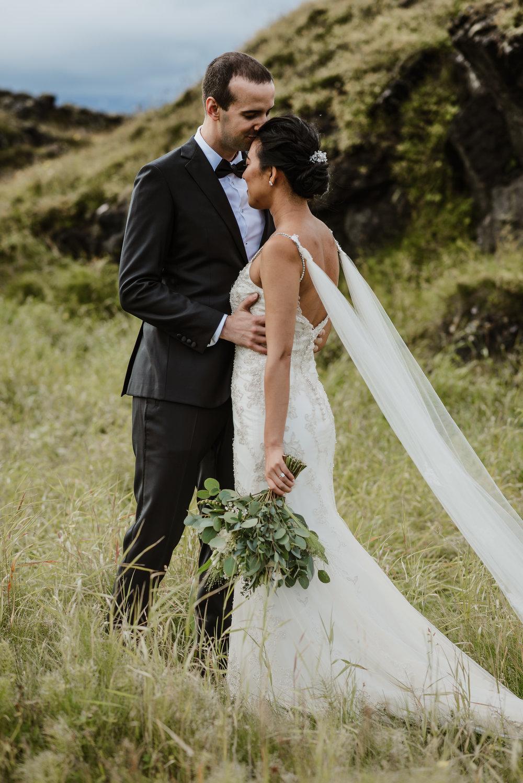 080-hotel-budir-iceland-destination-wedding-vivianchen-337.jpg