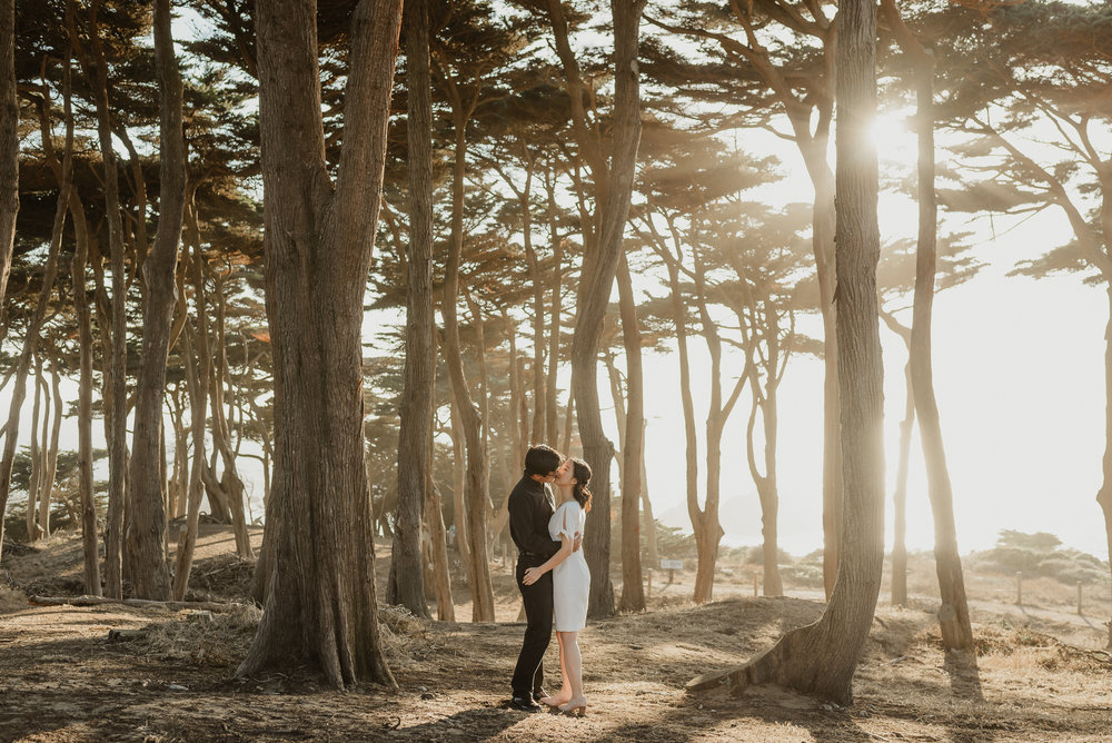 autumn-san-francisco-sutro-baths-engagement-session-vivianchen-014.jpg