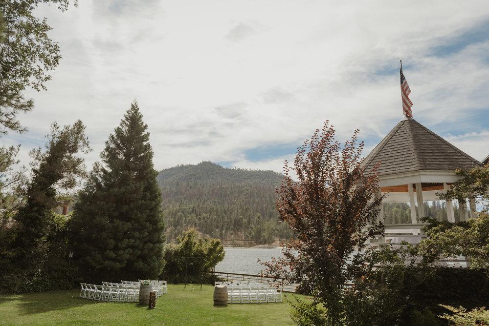22-bass-lake-pines-resort-destination-wedding-vivianchen-034.jpg